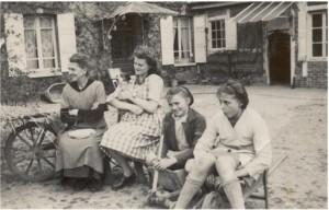 Fanny Canivet et ses petites-filles